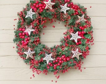 Berry Holiday Wreath, Red Berry Wreath, Berries and Stars Wreath, Red and Green Wreath, Front Door Wreath, Mantel Decor, Christmas Wreath