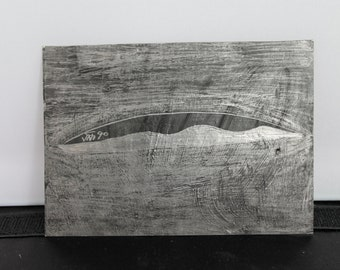 wave drawing in silver graphite