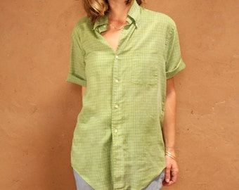 women's OXFORD plaid pocket BUTTON up classic shirt 60s summer thin sheer green vintage shirt
