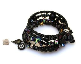 Night Lights Black, Black Iris Coil Bracelet BRC1580