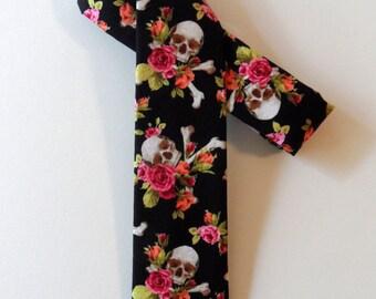Skulls and Roses Skinny Tie // Cotton & Silk Necktie