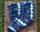 Indigo Batik Stripe : Vintage Indigo Strip Cloth from Burkina Faso, West African Tribal Wall Hanging, Beach, Blanket, Sewing, Design Supply