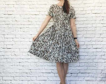 Vintage 50s Atomic Novelty Print Dress XS S White Black Brown Knee Length