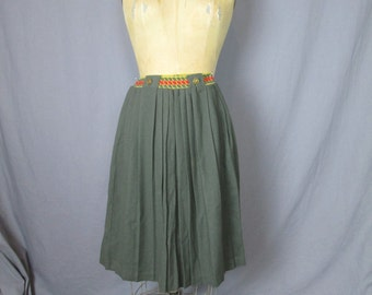 Olive Military Skirt / 70's / small - medium / khaki green military stretch