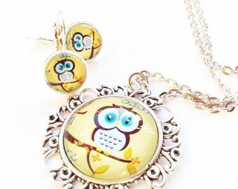 Glass necklace and earrings set, wise owl teacher thankyou gift, vintage style old silver matching gift set present, collier hibou