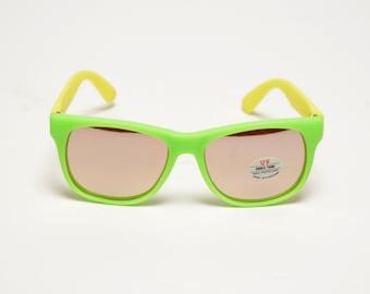 vintage 80s sunglasses neon green plastic rubber mirror lens Flex Spex Shockwaves Bonneau Frogskins 1980 surfer skater