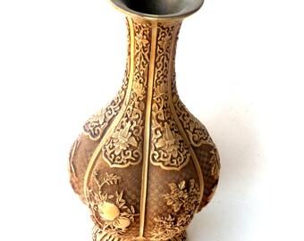 IVORY DYNASTY Vase, Made by Arnart Imports