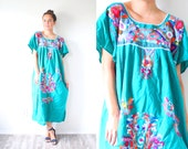 Vintage boho Mexican dress // retro Mexican embroidery turquoise wedding dress // floral print // hippie style // lace crochet top navajo