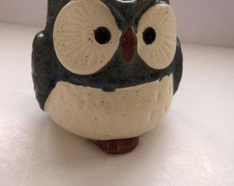 OWL Mug Coffee Cup by Kotobuki - Gray Glazed Stoneware - Collectible Owl Kitchen Decor - Owl Collectors - Bird Mug Cup