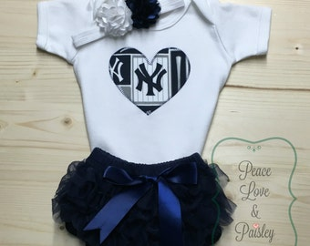 New York Yankees Bodysuit, Ruffle Diaper Cover and Headband Set Made from New York Yankees Fabric, Yankees Baby Outfit, Baby Girl Yankees,NY