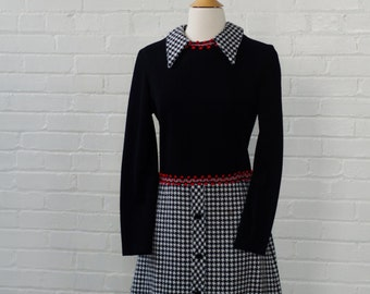 Sweet Valentine Dress Black White Hounds Tooth with Red Trim / Wool / A Line Skirt Ladies 2 Size Small