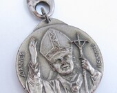 Vintage Pope John Paul Vatican Token Medal Key Chain Pendant Religious Catholic