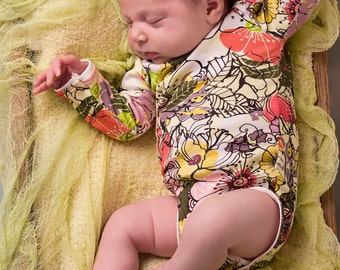 Floral Newborn , Floral Onesie , Organic Baby Girl Clothes , Preemie Girl Clothes , Newborn Girl Clothes, Organic Onesie , Organic Onsie