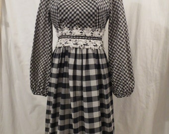A TISKET A Tasket vintage Futura Couture party dress - lace rhinestone trim - b+w check xs