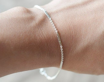 Delicate Silver Bracelet  Layering Bracelet, Thin and feminine, Minimum Jewelry, everyday jewelry - Fifi LaBonge-