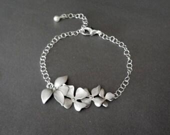 Silver orchid Bracelet ~ Destination wedding jewelry ~ Orchid bracelet, Brides bracelet ~ Bridesmaids jewelry ~ Beach lover ~ Birthday, Gift