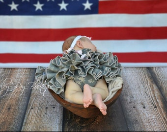 Parley Ray Daddy's Girl US Army ACU Digital Camouflage Ruffled Baby Bloomers / Diaper Cover / Photo Prop