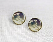White and purple flower studs / post earrings. Cone flowers / Echinacea.  Resin earrings / wearable art / photo jewelry