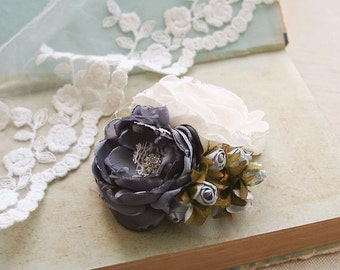 Wedding Bridal Hair Accessory, Bridal Flower Hairpiece, Flower Clip, Vintage Style Wedding Fascinator, Ivory Grey Rose Bridesmaids Headpiece