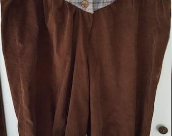 Men's XL Renaissance Short Pants 44-46