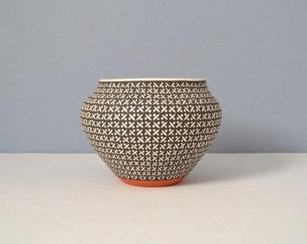 Vintage Frederica V. Antonio Hand Coiled Acoma Pottery Jar