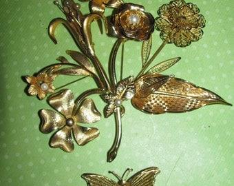 Destash Craft Lot of Vintage Jewelry, Brooches Flower Bridal Bouquet
