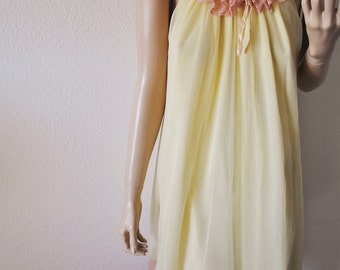 Vintage Yellow Nightie with Chiffon Overlay and Tan Lace - Large