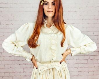 vintage ruffle collar blouse,white ruffle blouse,ruffle shirt,cream boho blouse,white cream blouse,froufrou shirt medium to large