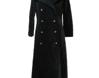 vintage 1970's quilted velvet coat / black / cotton velvet / floral quilting / women's vintage coat / size medium