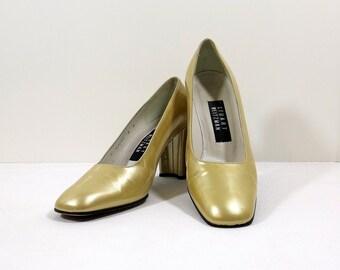 STUART WEITZMAN Gold Patent Leather Pumps Size 8B 8M
