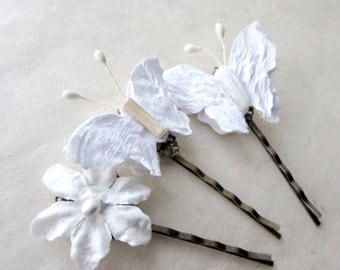 Butterfly Hair Pins. White Hair Accessories for Rustic Wedding White Flower Hair Clips with Paper Butterflies. Set of Three Hair Accessories