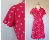 SALE was 56.00 / 40s cotton wrap dress size medium / 40s novelty print dress / vintage novelty print / vintage day dress