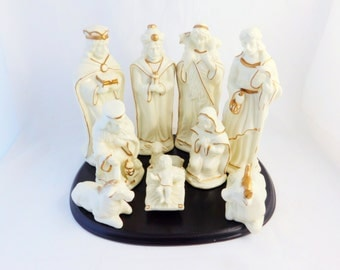 Nativity Set in Ivory and Gold, Christmas Decoration, Ceramic Nativity Set, 10 Piece