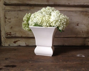 Abingdon Cream White Pottery Vase USA Early Mid Century