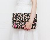 SALE! Large tropical clutch bag. Fold over clutch. Leather handbag. Oversized purse. Daily purse. Pineapple print. Black handbag. /HANDY 7
