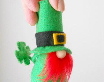LUCKY the Mini Leprechaun for St. Patricks Day - FREE shipping within USA- By Nordic Gnome