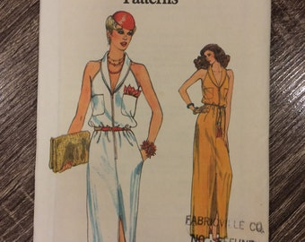 UNCUT Vintage 1970's Dress Pattern Vogue 7385 Very Easy Vogue Size 14 Bust 36