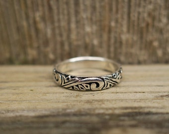 Vintage 925 Sterling Silver Wave Ring