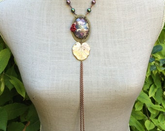 """Retro Victorian necklace, cabochon, print and """"Mrs Butterfly delights"""" Crystal pearls"""