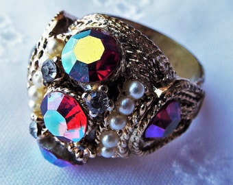 Vintage Ring Iridescent Ruby Red, Pearl, Crystal Rhinestone Gold