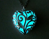 Glowing Heart Necklace Glow In The Dark Heart Jewelry Necklace Pendant Gift For Her Silver (glows aqua blue)