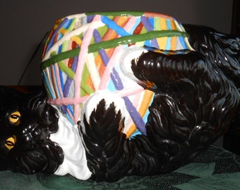 Ceramic Kitty Chat Noir with Yarn Cookie Jar - No Lid
