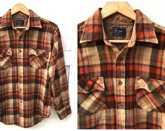 Vintage JC Penney The Men's Shop Plaid Flannel Shirt - Men's Size Medium
