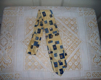 Vintage Lord & Taylor Kids Tie - Yellow - Sports - So Cute