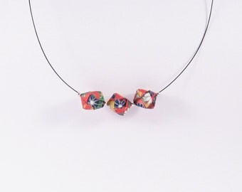 Origami paper cubes necklace * PUZZLE* Jewelry . Paper cube . Papercraft . Paper . Red . Beads . Geometric