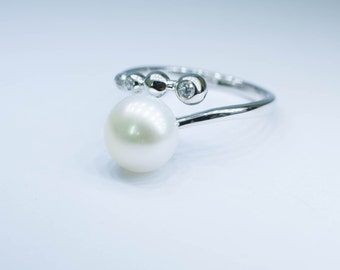 Silver White Pearl open ring/ Modern Natural Freshwater Pearl ring/ Open Silver Ring/ Unique Gift Idea for her