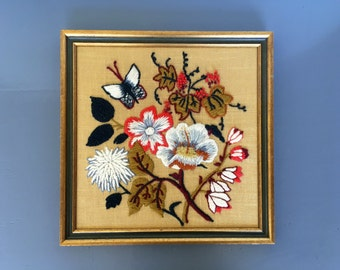 vintage framed floral crewelwork needlepoint needlework embroidery boho decor