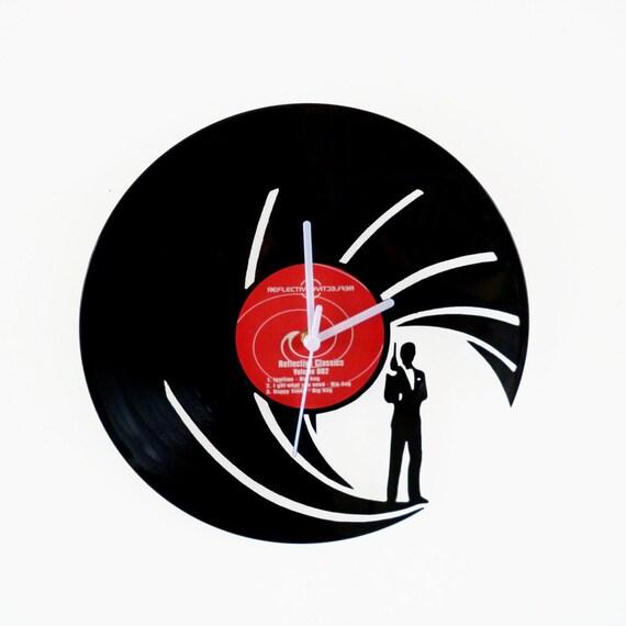 Vinyl clock james bond