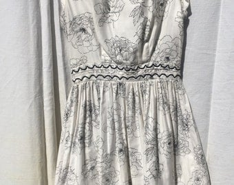 1950s White and Black Flower Sundress