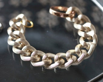 PALE GOLD Chain Bracelet -Chunky Large Chain Link Bracelet - Chain bracelet